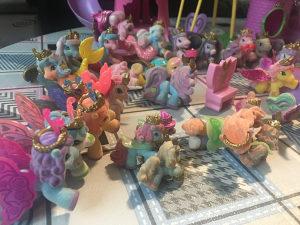 Filly kućica, svjetionik, 40 konjića i dodaci