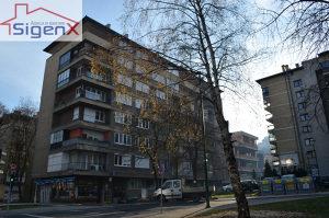 SIGENX izdaje: Grbavica/52m2/ odličan stan
