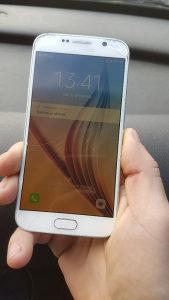 Samsung s6 puknuto staklo