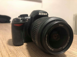 Nikon D3100 sa 18-55mm objektivom