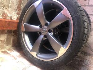 Audi alu felge 19 i gume zimske