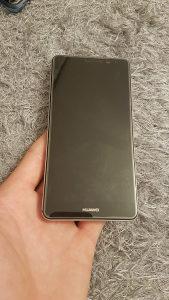 Huawei mate 9 64GB perfektno stanje