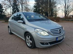 Mercedes-Benz B180 B200 AVANTGARDE *FULL*