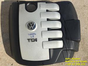 Poklopac motora VW Toaureg 2,5 TDI 2009.
