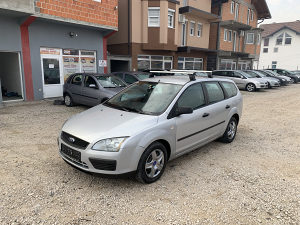 FORD FOCUS 1.6 66KW /90KS 2005