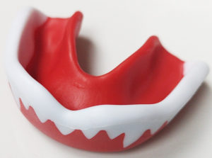 Štitnik zaštita za zube zubalo boks box MMA sa zubima