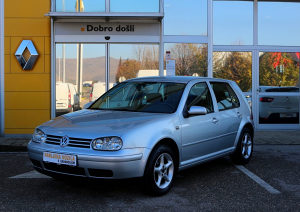 Volkswagen Golf 1.6 16V 105 KS