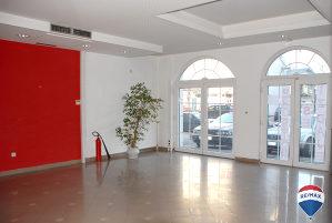Prodaje se stambeno poslovni objekat u Bijeljini