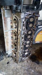 Glava motora opel  astra 16 16 w 2004g