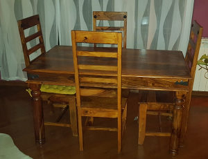 Trpezarijski sto, stol i 4 stolice, tikovina