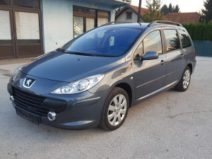 Peugeot 307 1.6 hdi facelift