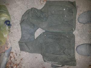 lovacki prsluk i ruksak