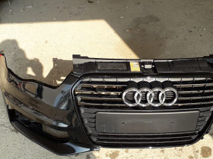 Maska Audi A1