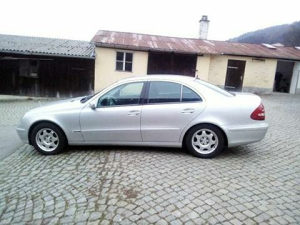 Mercedes-Benz E 270 2003 moguca zamjena