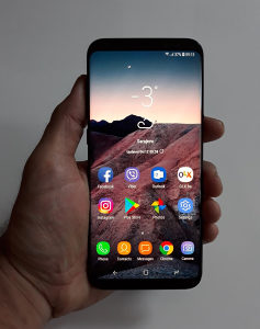 Samsung S8 Plus (gratis S-View Flip Cover)