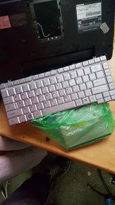 Toshiba satellite l305 tastatura