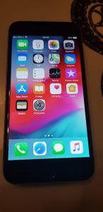 Iphone 6 otključan na mreže i icloud
