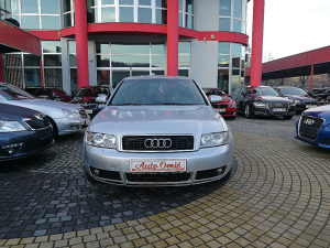 Audi A4 2.5 QUATTRO 2002 GOD