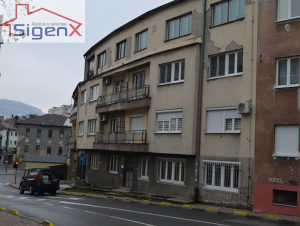 SIGENX prodaje: Mejtaš / trosoban stan