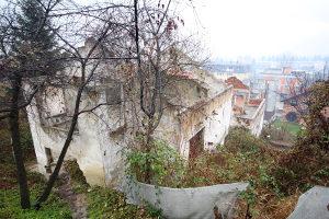 Dvije ruševne kuće, Rajlovac, Sarajevo