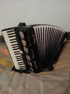Harmonika Parot (Scandalli) 120 bas 4/5 glasna