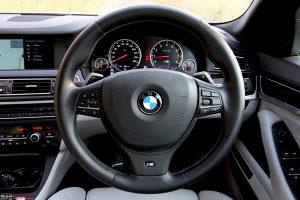BMW Retrofit F10 Volan sa pedalama F1 saltanjem Volani