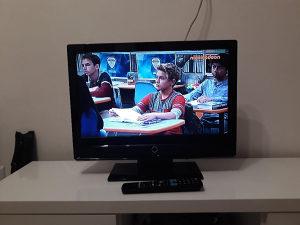 """TV AEG 22"""" 56cm HDMi VGA DVB-T"""