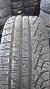 4 gume 235 45 18 Pirelli