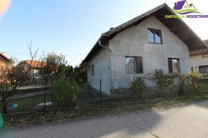 Kuća u Rijekama površine 82m2 u osnovi!ID:988/BN