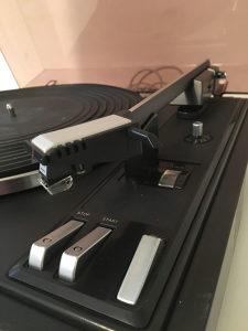 Gramofon Philips 22GA418