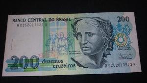 brazil 200 kruzeirosa 1990 UNC