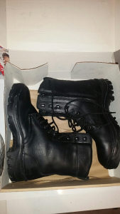 Vojnicke cizme kozne