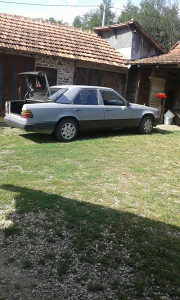 Mercedes-Benz 124  200d