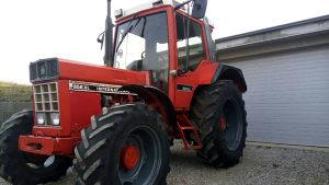 Traktor CASE Ihc 856 xl