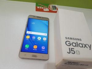 Samsung Galaxy J5 (2016) - Extra stanje - Povoljno