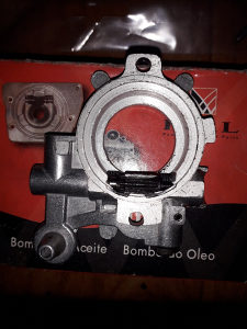 Uljna pumpa Stihl 044/440, Servis Fani Tuzla