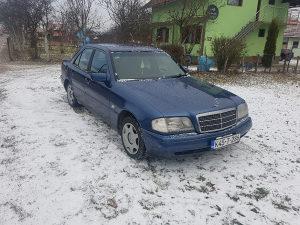 Mercedes-Benz C 180 Plin_benzin Reg punu godinu