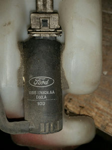 Pumpa pumpica vode brisaca Ford Ka Focus Fiesta Puma