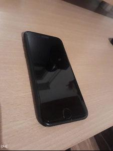 - iPhone 7 - Skoro nov, fabrički otključan -