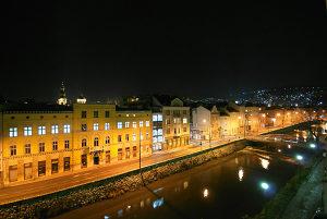 Namješten Dvosoban Stan - Sarajevo Centar