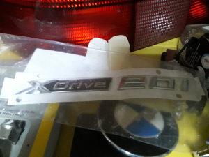 BMW AMBLEM ZNAK XDRIVE ORGINAL NOVO !!