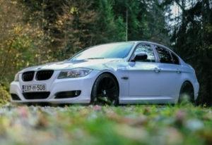 BMW 3 e90 318 320 2010