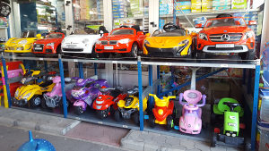 Auta,Motor,Mercedes,Audi,Fiat,Mini,Bmw igračke