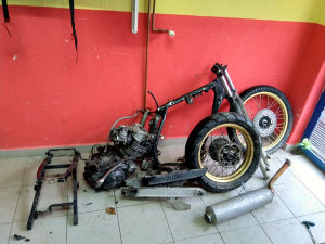 Yamaha xt 500 550 600 dijelovi