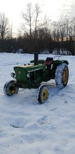 Traktor john deere 1020 50ks moze za manji ili auto