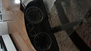Kilometar sat za passata 5 plus moze na probu