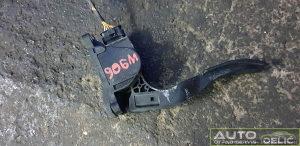 Papuca gasa W906 dijelovi 2.2 2012 A9063000404