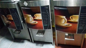 Samousluzni kafe aparati 3 kom.