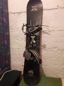 Snowboard levels 115cm sa bucama