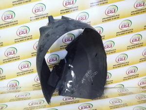 Pvc plastika prednja desna A4 8E 01-04 KRLE 28783